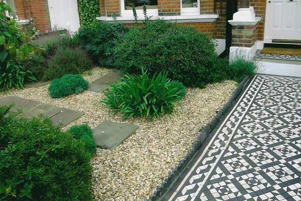 Gallery belle gardens for Low maintenance gravel garden